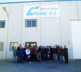 Troquelados Crune S.L. abre sus puertas a los alumnos de mecanizado del IES La Foia